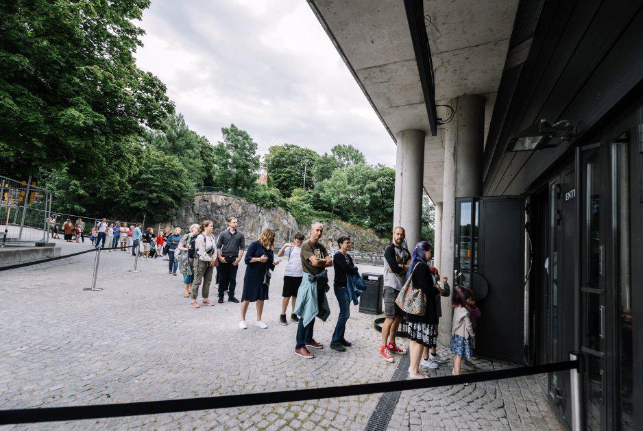 Visitantes al museo de Estocolmo